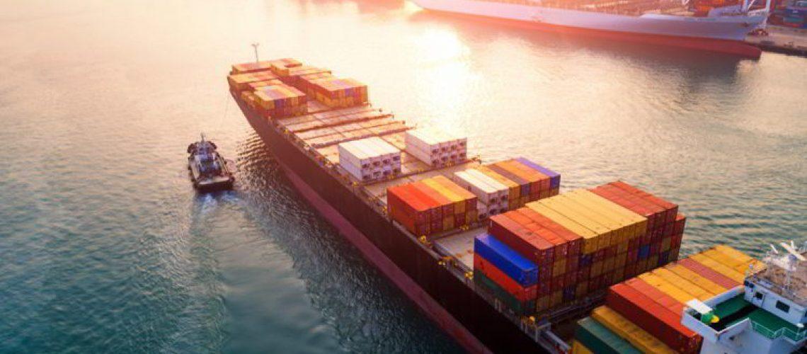 Buques-de-carga-para-el-transporte-maritimo-750x494